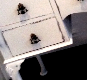 Old White Dressing Table (close-up)